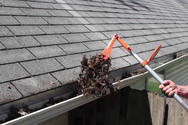 How Do We Clean Gutters Safely?